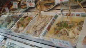 揚げ物は唐揚げやコロッケ、天ぷらと充実している
