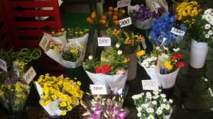 お店に無い花や植物も頼めば市場で仕入れてくれる